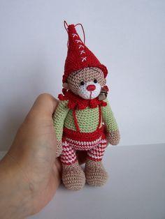 Vánoční+medvědí+skřítek+5+Háčkovaný+medvídek+jako+vánoční+dekorace...+Může+být?+AUTORSKÁ+práce