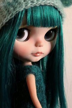 ✿⊱╮b l y t h e ❤ doll ~ I'm getting hooked on these little things.