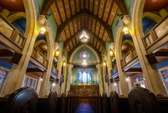 Get a glimpse of the interior of this underappreciated gem. Tour its unique chapel featuring a significant installation of Tiffany windows as well as a stunning basement meeting space. #OHC2016