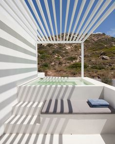 relux-IOS-island-a31-architecture-greece-designboom-02
