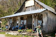 Penn's Store is the oldest country store in America run by the same family since 1850.