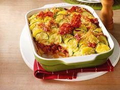 Unser beliebtes Rezept für Kartoffel-Zucchini-Auflauf mit Mett und Käse-Béchamel und mehr als 65.000 weitere kostenlose Rezepte auf LECKER.de. Sprouts, Cauliflower, Cabbage, Vegetables, Recipes, Strudel, Food, Drink, New Recipes
