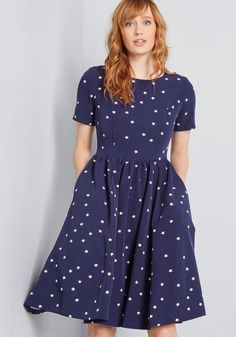 78f6978004e1 Factually Classic A-Line Dress in 14 (UK) - Short Sleeve Knee Length