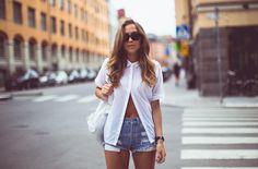 white shirt jeans shorts 2.0