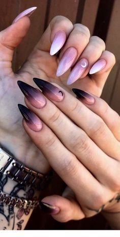 Almond Nails Designs Summer Acrylic Nails, Best Acrylic Nails, Summer Nails, Best Nail Art, Cool Nail Art, Fall Nail Art Designs, Acrylic Nail Designs, Black Nail Designs, Acrylic Art