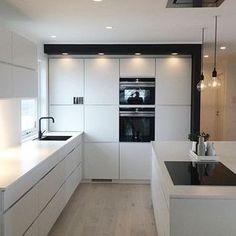 Kitchen, white, lightning detail