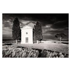 V sobotu vyrážíme po 34. do Toskánska. Jsme všichni zdraví a pozitivní (v tom dobrém slova smyslu). Na západ Slunce se chceme opět vydat do tohoto krásného místa. Cappella della Madonna di Vitaleta 🇮🇹 🍕🍷☕️ Foto: @martinkaminphotography kamin.photo Pořízeno na Fotoexpedice Toskánsko Canon EOS 5DsR, květen 2016 #fotoexpedice #fotokurz #fotoworkshop #krajinářskáfotografie #lektor #profesionálnílektor