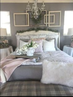 30 Modern Farmhouse Bedroom Decor Ideas – Best Home Decor Ideas Modern Farmhouse Bedroom, French Country Bedrooms, Country Farmhouse Decor, French Farmhouse, White Farmhouse, Farmhouse Style, Bedroom Rustic, Bedroom Vintage, Rustic Bedding