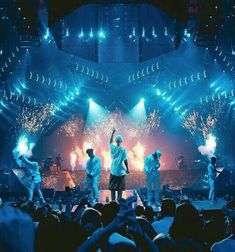 July Photos of Justin Bieber performing at the Purpose Tour tonight in New York City, New York. Justin Bieber Photos, Justin Bieber Sketch, Justin Bieber 2015, Justin Bieber Concert, Bae, My Idol, Purpose, Cool Pictures, Diva
