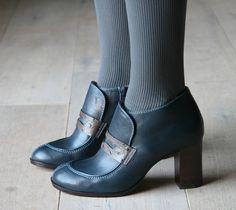 Chie Mihara, Volanda. A pilgrim shoe, I can't help myself