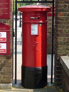 VR postbox, Chelsea