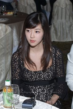 Han Byul, Korean Actresses, Sequin Skirt, Sequins, Blouse, Skirts, People, Photography, Tops