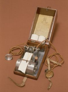 Mackenzie-Lewis polygraph (lie-detector) from London 1919-1926
