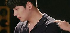 Uploaded by buta☆. Find images and videos about gif, couple and kdrama on We Heart It - the app to get lost in what you love. Ji Chang Wook Smile, Ji Chan Wook, Cute Relationship Goals, Cute Relationships, The K2 Korean Drama, Suspicious Partner Kdrama, Ji Chang Wook Photoshoot, Hug Gif, Best Kdrama