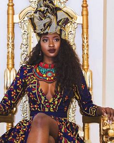 """afrikanische frauen Why Lie? Tyrese Tries to Reinvent The Notion of a """"Black Queen"""" and His """"Black Queen"""" Ain't Even Here For It - Lisa a la mode African Wear, African Attire, African Dress, African Fashion, Ghanaian Fashion, African Girl, African Style, Ankara Fashion, African Outfits"""