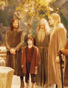 You have my sword. And you have my bow. Legolas And Thranduil, Aragorn, Gandalf, Fellowship Of The Ring, Lord Of The Rings, Frodo Baggins, The Hobbit Movies, J. R. R. Tolkien, Dark Lord