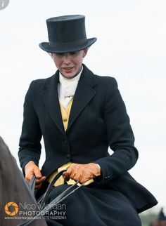 Side saddle and top hat