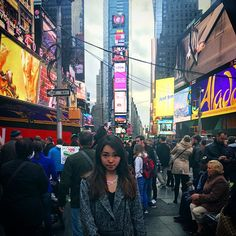 Time is money $$$ #tb #timessquare #newyork #beautiful #broadway #see #toshiba #ad #neon #world #time #money #cool #love #nyc #instagood #instadaily #instamood #follow4follow #like4like by pig_ri