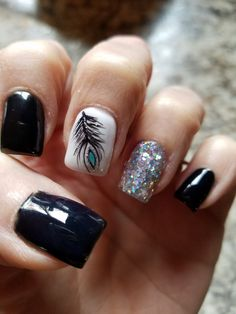 Black and white feather nails