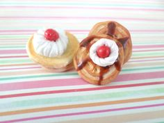 Check out this item in my Etsy shop https://www.etsy.com/listing/190904163/sale-set-of-2-pancake-ring-and-pancake