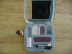 #MaryKay #Cosmetics #makeup This full set as shown , retail over $60 for sale for $18.50