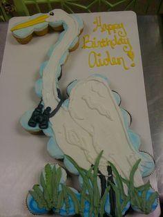 Bird Watching pull apart cupcakes Cake