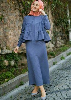 Frill abaya fashion is the greatest fashion of abaya that will love you. Frill abaya fashion is the greatest fashion of abaya that will love you. Frill styling long flare a Abaya Fashion, Fashion Wear, Modest Fashion, Fashion Dresses, Iranian Women Fashion, Islamic Fashion, African Fashion, Casual Hijab Outfit, Hijab Chic