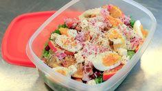 Ein saftig god kyllingsalat er enkelt å putte i sekken og flott niste når ein skal ha matpause. Vinaigrette, Salad Recipes, Potato Salad, Nom Nom, Salads, Food And Drink, Pasta, Baking, Ethnic Recipes