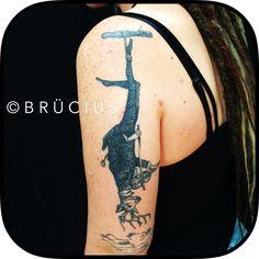 #BRÜCIUS #TATTOO #SF  #brucius #engraving #etching #blackwork #linework #deer #violinist #hung #upsidedown #yearslater