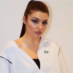 Hande ercel turkish TV show murat and hayat actress beauty image gallery cute and hot and bollywood item Indian model unseen latest very bea. Turkish Beauty, Turkish Fashion, Stylish Girls Photos, Girl Photos, Murat And Hayat Pics, Best Friend Couples, Hande Ercel, Beautiful Girl Photo, Turkish Actors