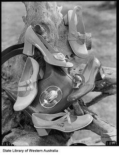 1970s shoes Retro Heels, Ballet Shoes, Dance Shoes, Saddle Shoes, Pin Up Style, Vintage Shoes, 1970s, Pumps, Fashion