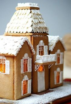 gingerbread house - I'm totally putting my own spin on this for christmas Gingerbread Village, Gingerbread Decorations, Christmas Gingerbread House, Christmas Sweets, Noel Christmas, Gingerbread Man, Christmas Baking, All Things Christmas, Gingerbread Cookies