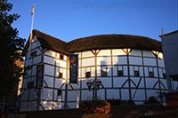The New Globe Theatre / Theo Crosby, architect / Opened 1997