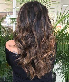 50 Astonishing Chocolate Brown Hair Ideas for 2019 - Hair Adviser Dark Chocolate Brown Hair, Golden Brown Hair, Light Brown Hair, Darkest Brown Hair, Chocolate Bayalage, Carmel Brown Hair, Chocolate Brown Highlights, Cool Brown Hair, Ash Brown