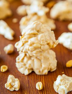 White Chocolate Peanut Butter Cookie Clusters (no-bake, gluten-free) - Peanuts, marshmallows & Rice Krispies coated in a white chocolate/PB mixture! So easy to make & addictively good!