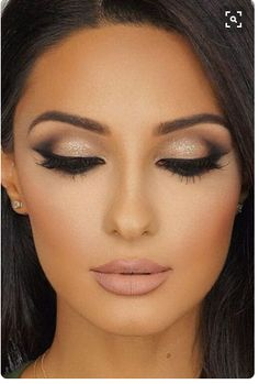 I wish I could do my makeup like this..