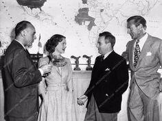 candid Gary Cooper Bette Davis William Wyler Charles Boyer 842-13