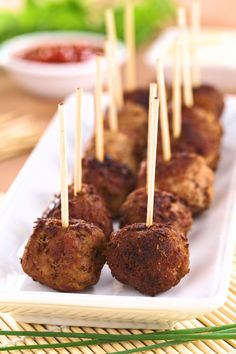 Cajun Delicacies Is A Lot More Than Just Yet Another Food These Are The Easiest, Low Carb Meatballs Dairy And Gluten Free Homemade Meatballs Ever. Furthermore, They Are Ready In 20 Minutes Flat? Low Carb Recipes, Beef Recipes, Meatball Recipes, Yummy Recipes, Gluten Free Party Food, Gluten Free Meatballs, Fussy Eaters, Foods With Gluten, Yummy Appetizers