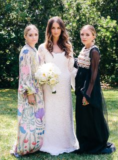 Mary Kate and Ashley Olsen with the bride, Molly