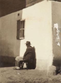 Lauschmann Jan – Před chalupou / Výměnkář - 1928 Photographers, Auction, Day, Painting, Paintings, Draw, Drawings