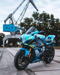 Suzuki Motorcycle, Racing Motorcycles, Ducati, Honda, Motosport, Bmw, Sportbikes, Bike Life, Cool Bikes