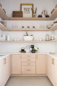 5 Kitchen Design Tips That'll Make Your Space Feel Bespoke white // light wood kitchen nook Wood Kitchen Cabinets, Kitchen Shelves, Kitchen Countertops, Kitchen Decor, Kitchen Nook, Kitchen Tables, Dining Tables, Kitchen Backsplash, Kitchen Furniture