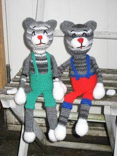 Suden silmukat: Viiru ja Viiru My Cousin, Cousins, Dinosaur Stuffed Animal, Lily, Toys, Crochet, Board, Animals, Fictional Characters