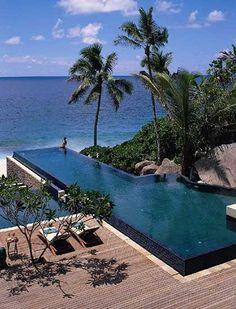 セイシェル、行きたい・・・ Banyan Tree Seychelles Black tiled interior with infinity edge. Pinned to Pool Design by Darin Bradbury. Hotel Swimming Pool, Hotel Pool, Swimming Pool Designs, Vacation Places, Dream Vacations, Vacation Spots, Vacation List, Travel List, Beautiful Pools
