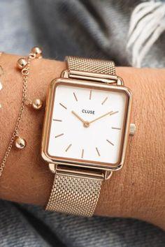 De CLUSE La Tétragone is een uniek vierkant horloge met 28,5 mm kast.   #cluse #clusewatch #clusehorloge #dameshorloge #horlogedames #juwelierbosmans #aalst #fashion #uurwerk #horloge #vierkant #vierkanthorloge #afgerond #dames #accessoires #juwelen #elegant #minimalistisch #stijlvol #eenvoud #minimalisme #eigentijds #stoer #statement #vrouwelijk #blikvanger #look #uitstraling #horlogeband #afneembaar #verwisselbaar #kwaliteit Square Watch, Femininity, Fashion Watches, Diamond Jewelry, Jewelry Design, Ootd, Rose Gold, Eye, Beauty