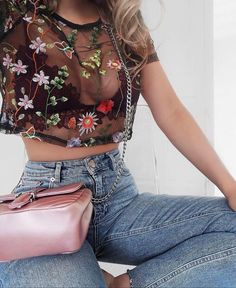 How to wear bralette outfit summer style 60 Ideas Mode Outfits, Trendy Outfits, Summer Outfits, Fashion Outfits, Fashion Trends, Jeans Fashion, Fashion Styles, Black Mesh Crop Top, Denim Vintage