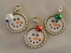 Items similar to Bottle Cap Zipper Pulls - Snowmen on Etsy Bottle Cap ClipOns Snowmen Snowman Crafts, Crafts To Sell, Holiday Crafts, Bottle Top Crafts, Bottle Cap Projects, Diy Holiday Gifts, Teacher Christmas Gifts, Kids Christmas, Bottle Cap Art