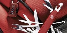 Pisau lipat merupakan alat serba guna. Namun, tidak berbeda seperti alat-alat yang lain, pisau lipat hanya akan bekerja optimal dan awet bila dirawat dengan baik. Merawat pisau lipat sebenarnya bukan hal yang susah. Kamu bisa melakukan perawatan sendiri bahkan menggunakan alat dan perlengkapan minimal. Lantas bagaimana cara merawat pisau lipat agar tetap dalam keadaan baik? …