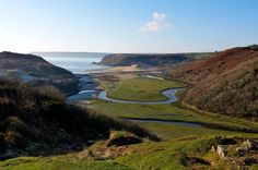 A stream meanders slowly towards Three Cliffs Bay...♥♥...
