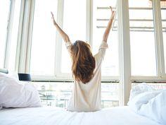 Foto:iStockAusschlafen ist an einem Wohlfühltag ein Muss. Stress und negative Gefühlemüssen heute draußen bleiben. Damit das gelingt,